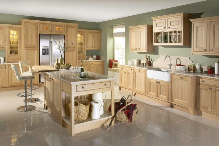 Tetbury Natural Oak - Noble Kitchens