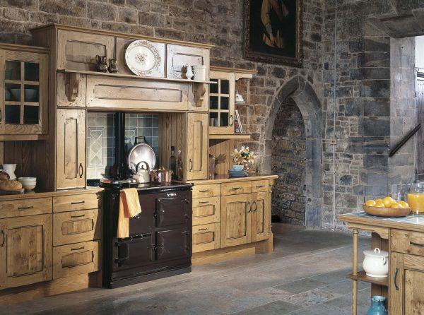 Arundel KItchen in Character Oak - Noble Kitchens