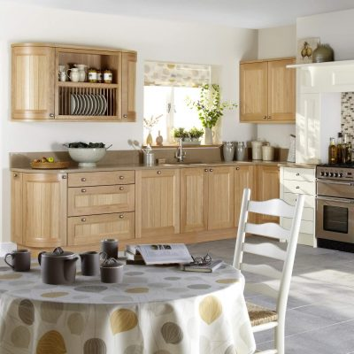 Kemble Painted Kitchen in Ivory mixed with Natural Oak