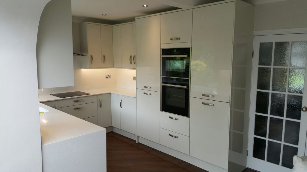Otto kitchen in high gloss Porcelain and NEFF 'slide and hide' oven and microwave