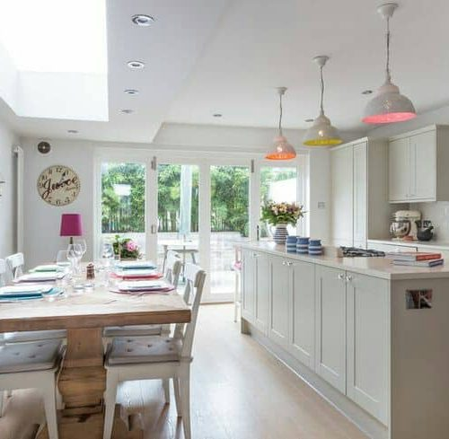 Large open plan kitchen and living space