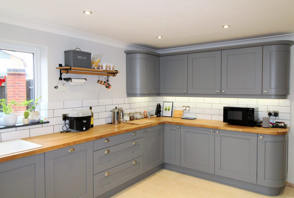 Shaker Kitchen in Dust Grey, Noble Kitchens Coventry and Warwickshire